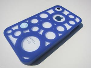 crocs chameleons adrina iPhone4 case クロックス カメレオンズ アドリナ iPhone4ケースをiPhone4ホワイトにつけてみた(屋外)