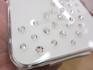 白iPhone4に合わせたいスワロフスキー付ケースBling My Thing Milky Way Crystal