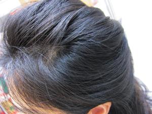 美魔女直伝のアミノ酸シャンプーuruotte(うるおって)笹川さんの髪のアップ
