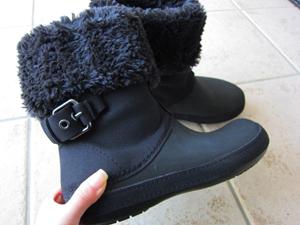 寒い冬でもクロックス! 2WAYブーツのベリエッサ バックルberryessa buckle横から見た所