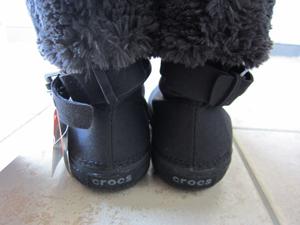 寒い冬でもクロックス! 2WAYブーツのベリエッサ バックルberryessa buckle後姿