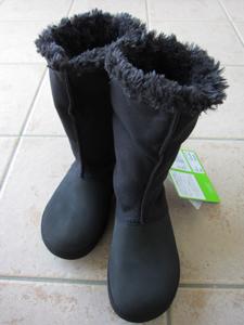 寒い冬でもクロックス! 2WAYブーツのベリエッサ バックルberryessa buckle延ばして履いた感じ