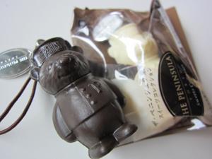 サントリー烏龍茶ペニンシュラ スイーツコレクション ベアチョコレート&ホワイト
