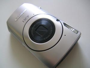 Canon IXY 30S 思わず衝動買いしてしまいました。
